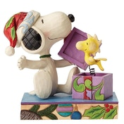 A Christmas Surprise (Snoopy and Woodstock) Figurine