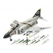 F-4J Phantom II 1:72 Revell Model Set