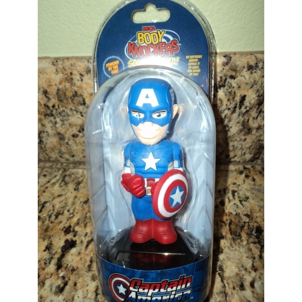 Captain America (Marvel) Neca Body Knocker - Image 2