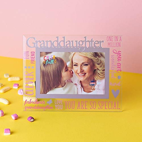 """6"""" x 4"""" Cheerful Glass Photo Frame - Granddaughter"""