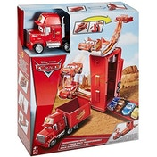 Disney Cars 'Transforming Mack' Playset