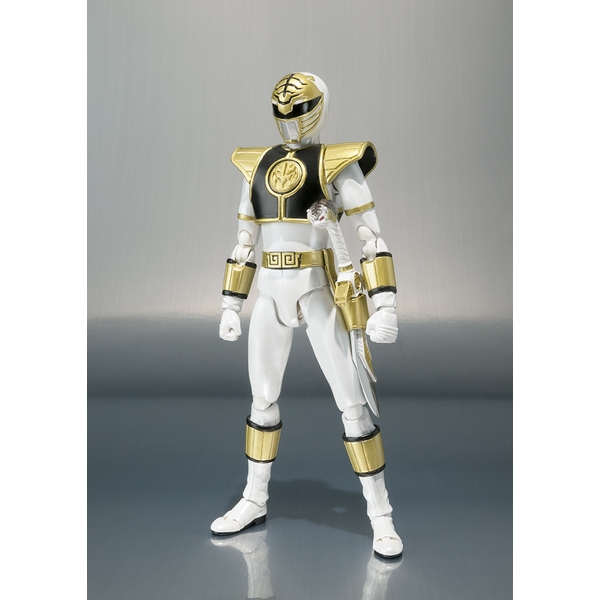 White Ranger (Power Rangers) Bandai Tamashii Nations SH Figuarts Figure - Image 1