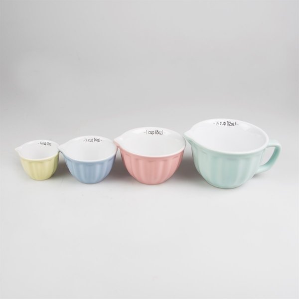 Sass & Belle Retro Pastel Measuring Cups (Set of 4)
