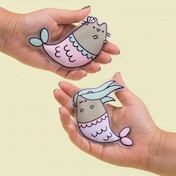 Thumbs Up! Pusheen - Mermaid Hand Warmers