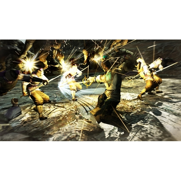 Dynasty Warriors 8 (with costume DLC packs) Game Xbox 360 - Image 3