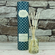 Dark Vanilla Musk (Superstars Collection) Reed Diffuser