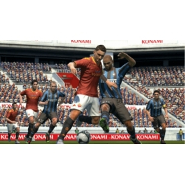Pro Evolution Soccer PES 2011 Game Xbox 360 - Image 3