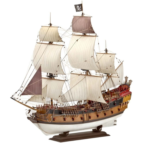 Pirate Ship (Revell) 1:72 Scale Level 5 Model Kit