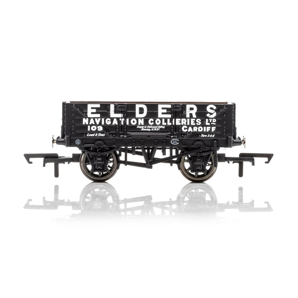 Hornby 4 Plank Wagon Elders 109  Era 3 Model Train