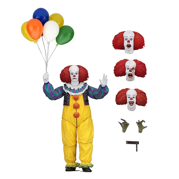 Ultimate Pennywise (IT 1990) Neca Action Figure