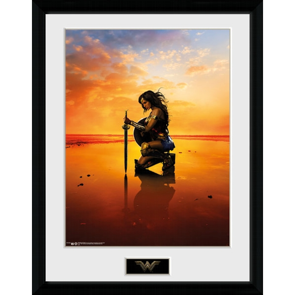 Wonder Woman Kneel Framed Collector Print
