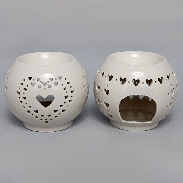 Rounded Heart Cut Out Oil Burner