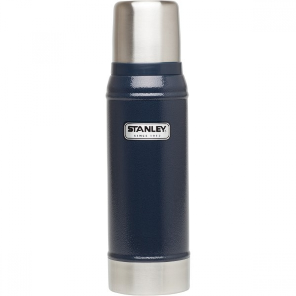 Stanley Classic Vacuum Insulated Bottle 750ml - Navy Blue
