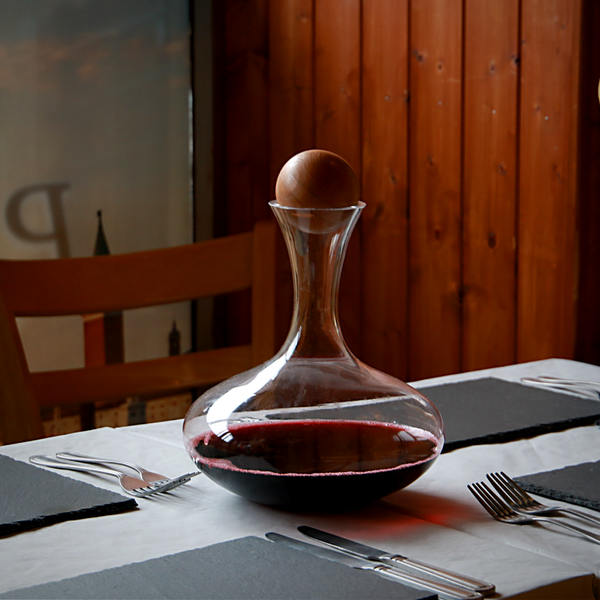 Red Wine Decanter & Magic Cleaning Balls   M&W - Image 5