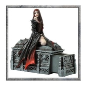 Anne Stokes Await the Night Figurine