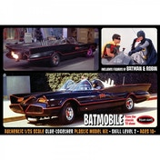 Batman 1:25 1966 Batmobile with Figures Model Kit