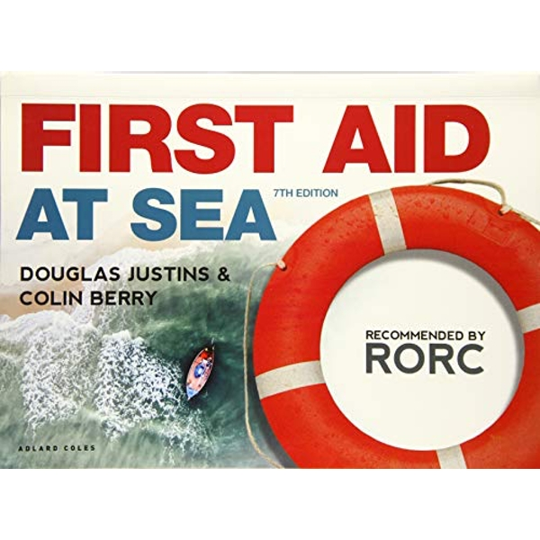 First Aid at Sea  Paperback / softback 2018