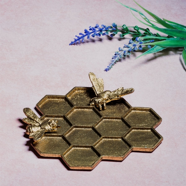 Sass & Belle Gold Honeycomb Bee Trinket Dish