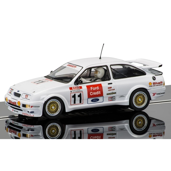 Ford Sierra RS500 (Robb Gravett) 1:32 Scalextric Classic Touring Car