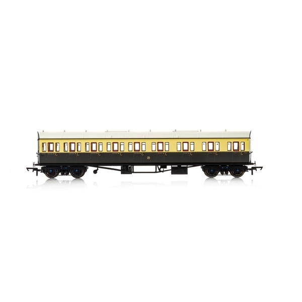 Hornby GWR Collett 57' Bow Ended E131 Nine Compartment Composite (Right Hand) 6362 Era 3 Model Train