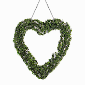 Topiary Heart Wreath | Pukkr