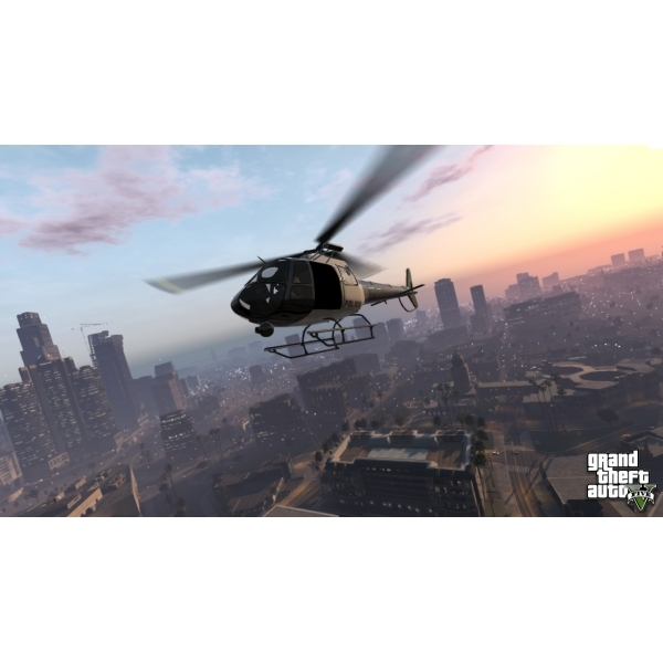 Grand Theft Auto GTA V (Five 5) (with Atomic Blimp DLC Code) Game Xbox 360 - Image 5