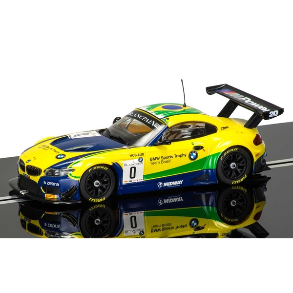 BMW Z4 GT3 (Team Brasil) 1:32 Scalextric Car