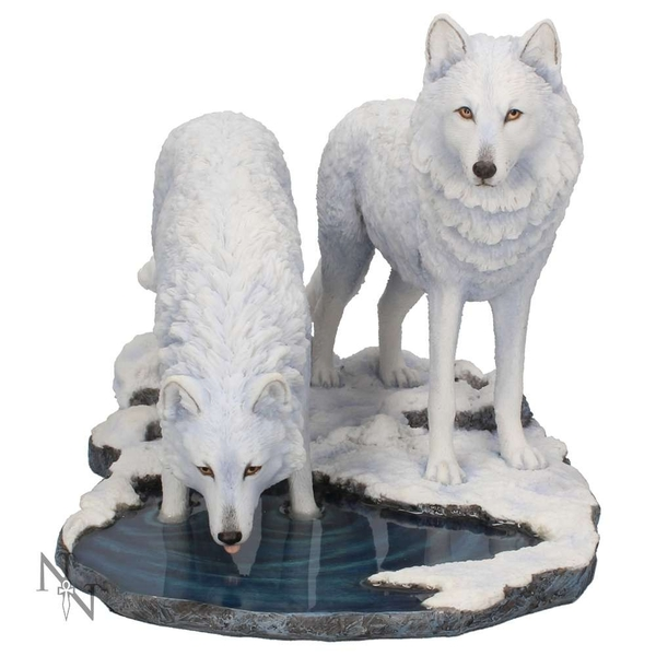 Warriors of Winter Wolf Lisa Parker 35cm Statue - Image 1