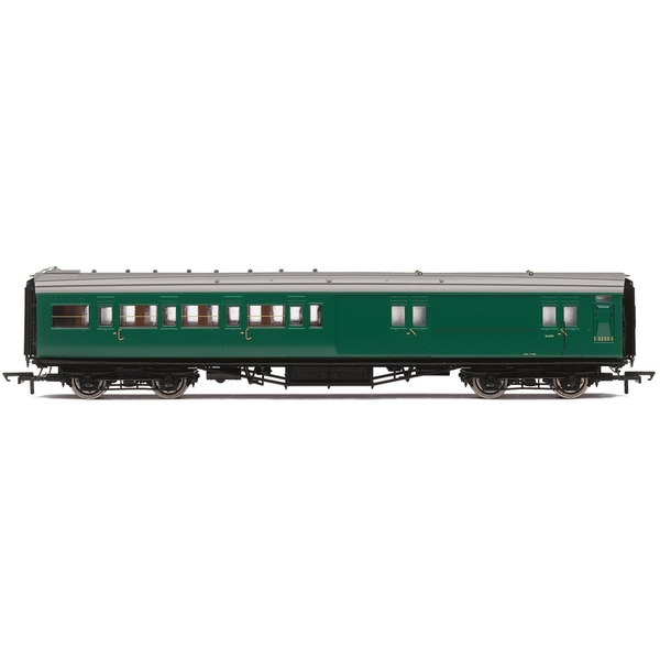 Hornby BR Maunsell Corridor Four Compartment Brake Second S3233S 'Set 399' Era 5 Model Train