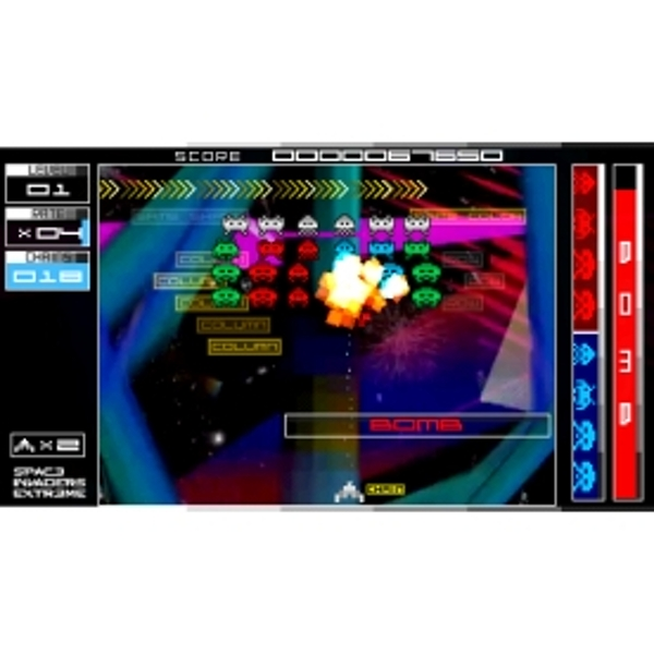 Space Invaders Extreme Game (Essential) PSP - Image 2