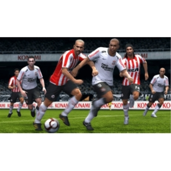 Pro Evolution Soccer PES 2011 Game Xbox 360 - Image 4