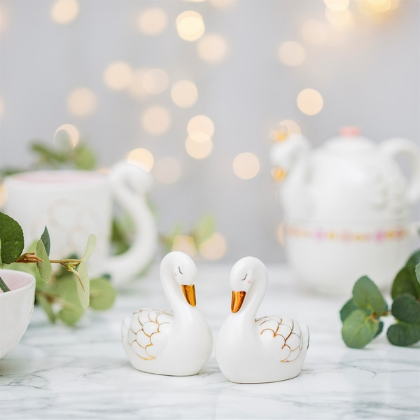 Sass & Belle Freya Swan Salt & Pepper Shaker Set