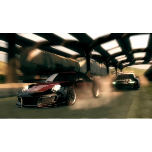Need For Speed Undercover Game (Classics) Xbox 360 - Image 3