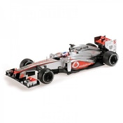 Minichamps 1:18 Vodafone McLaren Mercedes MP4-28 Jenson Button 2013 Die Cast Model
