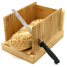 Bamboo Bread Slicer Guide With Crumb Catcher   M&W