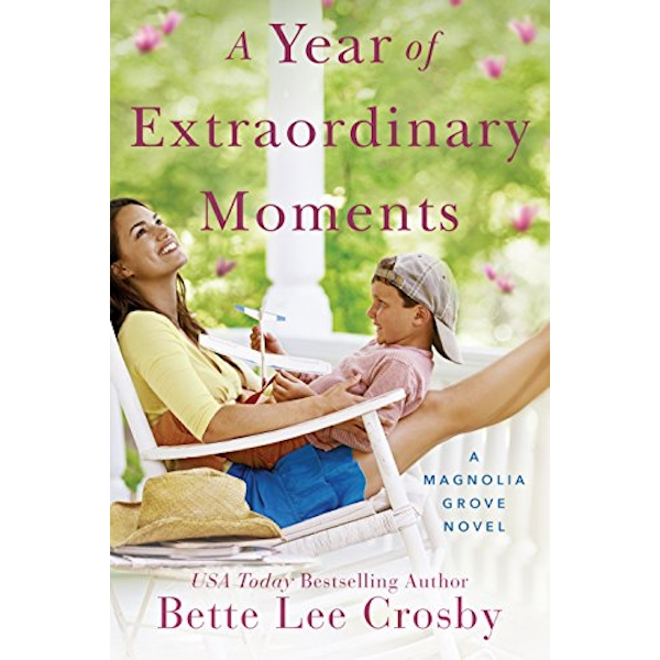 A Year of Extraordinary Moments  Paperback / softback 2018