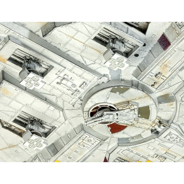 Limited Edition Millennium Falcon (Star Wars) 1:144 Scale Level 5 Revell Master Series - Image 6