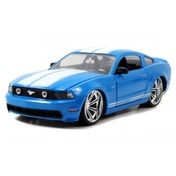 2010 Ford Mustang GT 1:24 Diecast Model