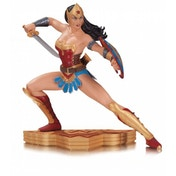DC Comics Wonder Woman Art of War Statue by Garcia Lopez