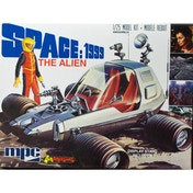 MPC Space:1999 'The Alien' Moon Buggy 1:25  Model Kit