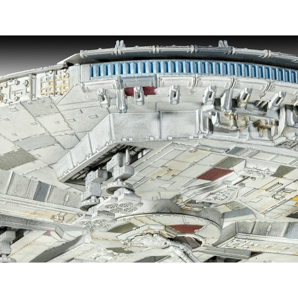 Limited Edition Millennium Falcon (Star Wars) 1:144 Scale Level 5 Revell Master Series - Image 5