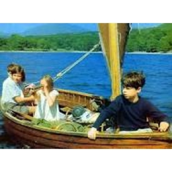 The Childrens Classics Collection Swallows and Amazons/The Railway Children DVD - Image 3