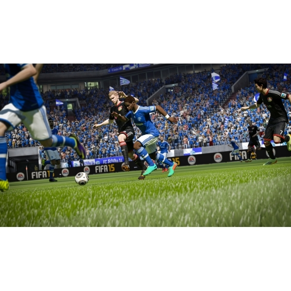 FIFA 15 Xbox 360 Game (with 15 FUT Gold Packs) - Image 7