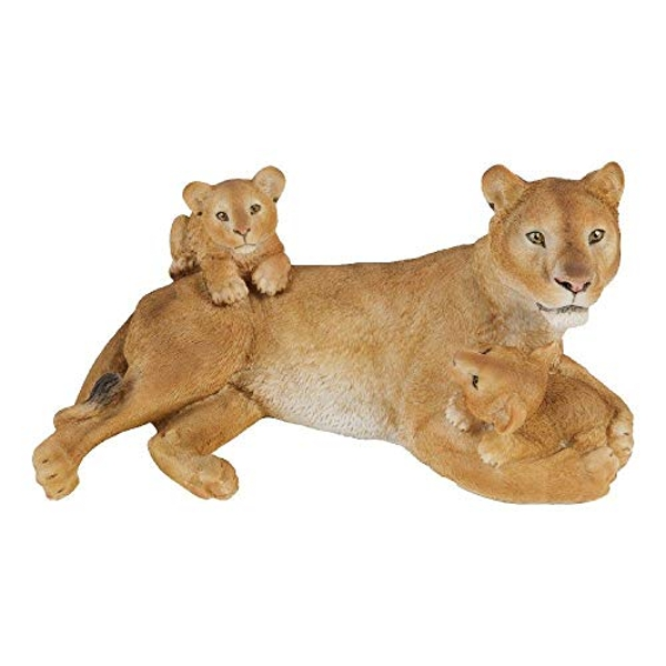 Naturecraft Resin Figurine - Lioness and Cubs