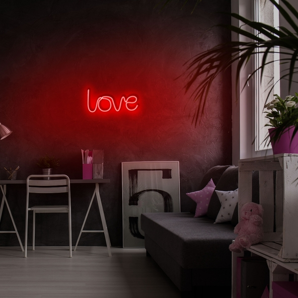 Love - Red Red Wall Lamp