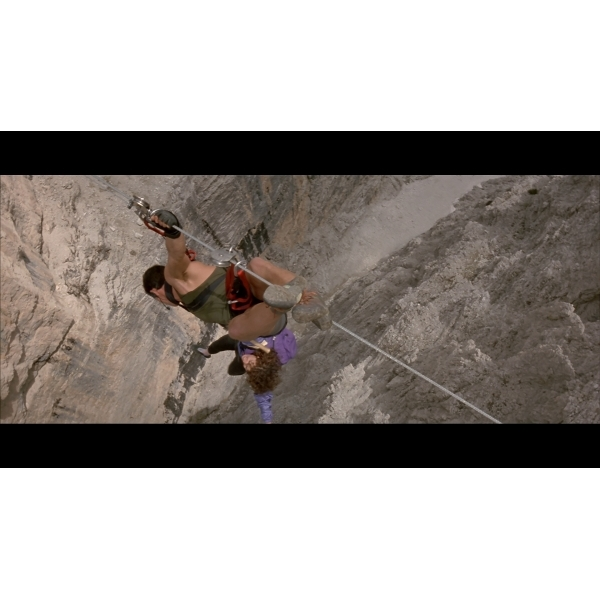 Cliffhanger Blu-Ray - Image 2