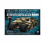Dark Knight Armoured Tumbler with Bane Figure 1:25 Scale Mobieus Model Kit