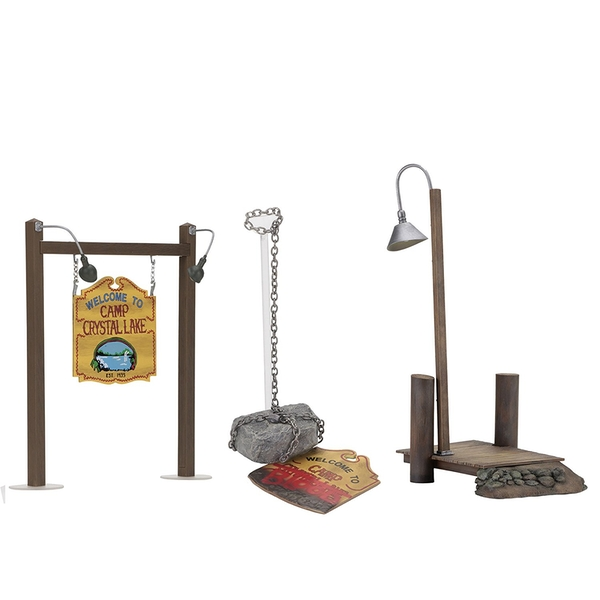 Camp Crystal Lake (Friday The 13th) Accessory Set