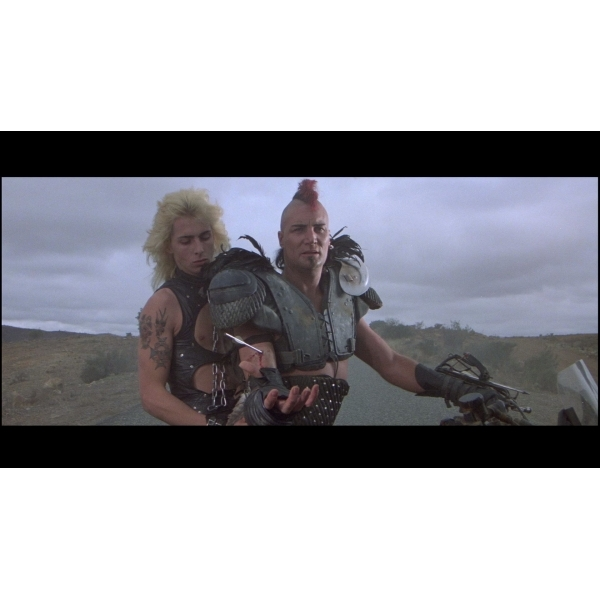 Mad Max 2 Blu-Ray - Image 2