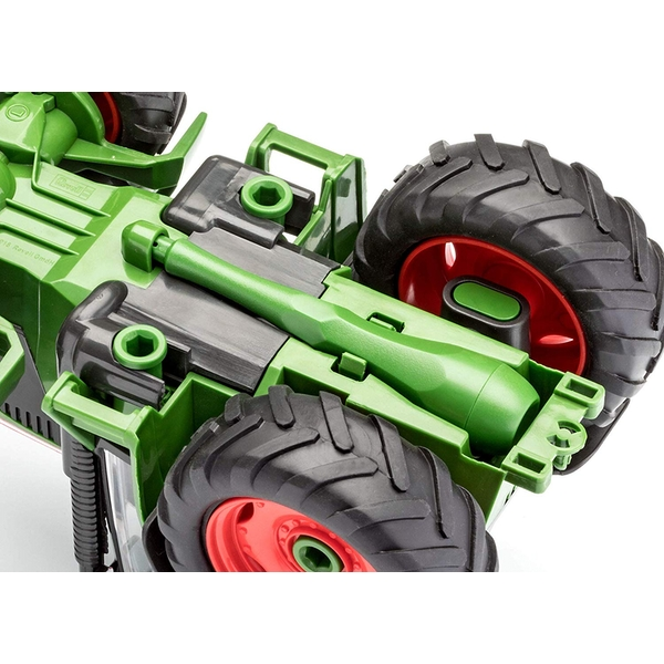 Tractor with Trailer and Figure 1:20 Scale Level 1 Revell Junior Kit - Image 5